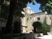 Arles - shady theatre