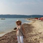 Feeling the sand and seaweed beneath my feet on Pampelonne Beach