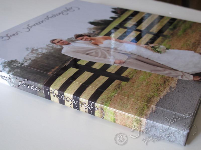 Signature Modern Wedding Album