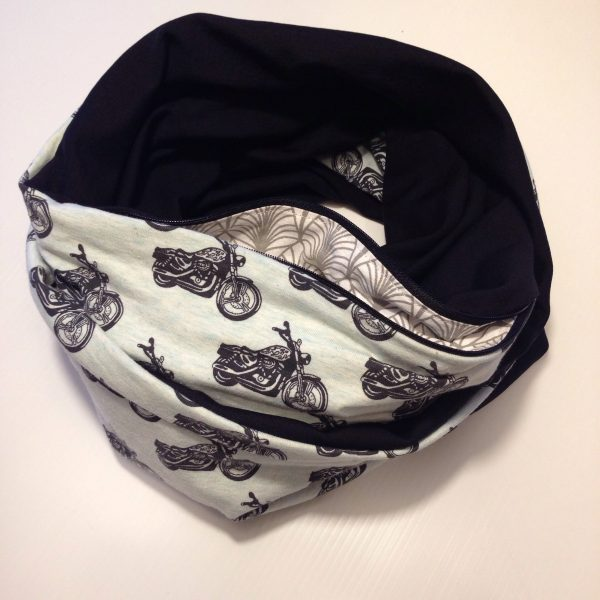 Ride with me pocket scarf by sherocksabun