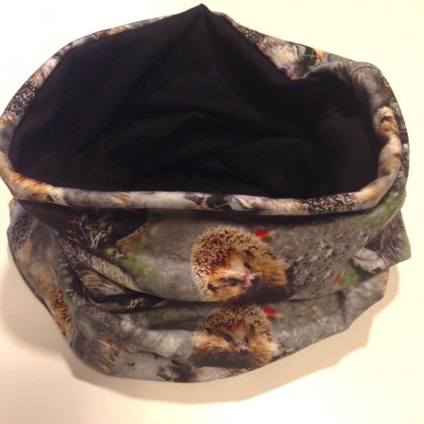 Tube scarf, tuubihuivi, tubscarf hedgehog