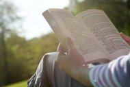 7 Arsye Pse Duhet Te Lexosh Liber