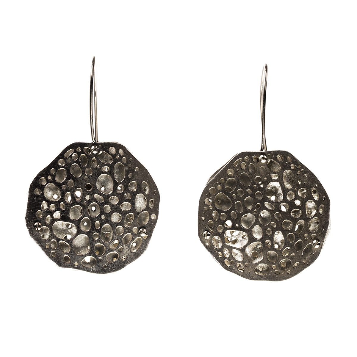 Collosphaera Huxleyi, Müller DMO Octo: Microscopic radiolarian sized up, design modified, electrolytically etched in sterling silver and hand fabricated into earrings