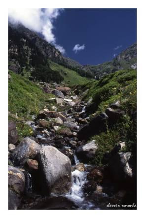 2002-08-HP-R1-007-Hampta Valley_upload