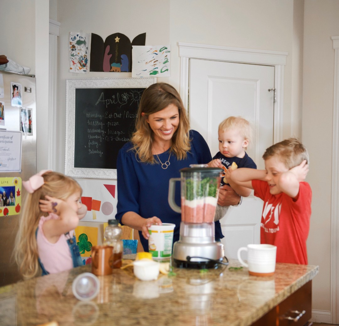 7 Ways to Promote Healthy Eating Habits for the Entire Family