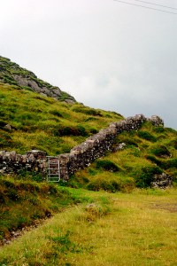 Ancient wall on the Ring of Kerry, Ireland | ShesCookin.com