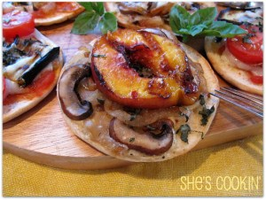 pizzetta, pizza appetizers, grilled peach pizza
