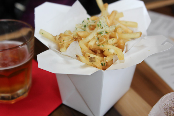 Eat Chow, parmesan garlic fries