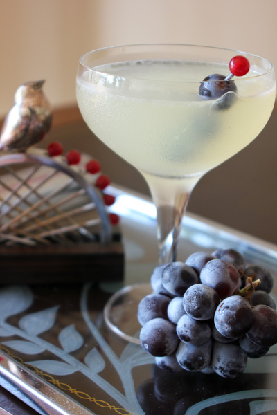 Corpse Reviver, Corpse Reviver 2, gin cocktails, retro cocktails, gin drinks