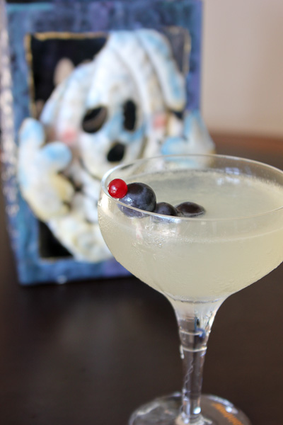 Corpse Reviver 2, Corpse Reviver, Halloween drinks, Halloween cocktails