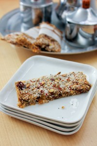 make your own energy bars, healthy granola bars, fruit and spice bars