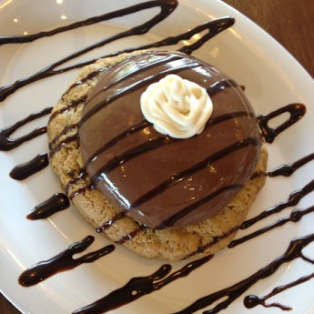 Grilled chocolate cookie
