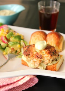 Crab and Shrimp Burgers with Chile Avocado Sauce