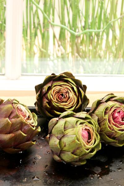 Artichoke How To's and Easy Slow Cooker Artichoke #recipe, artichokes