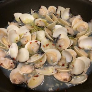Clams, Grocery Outlet | ShesCookin.com