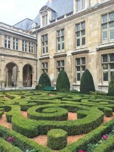 Musee Carnavalet, Marais | ShesCookin.com