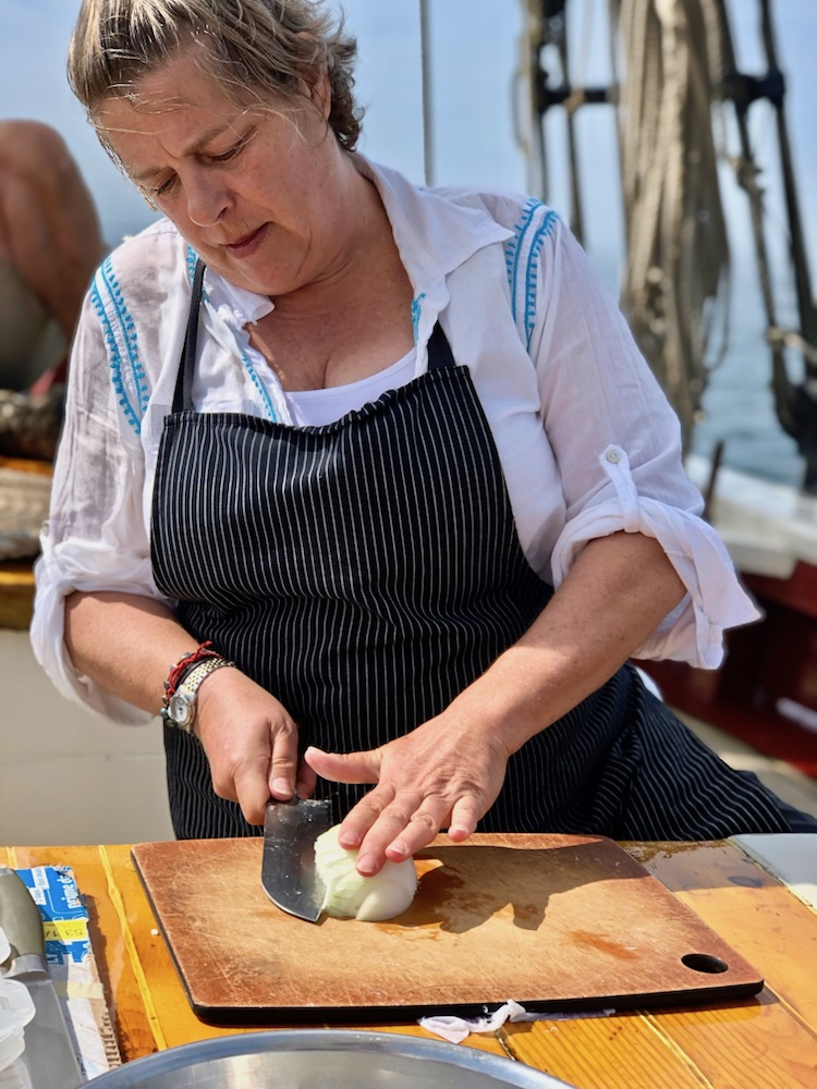 Maine food tour, knife skills demonstration