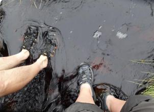 Feet wash after boggy trek to Hermaness