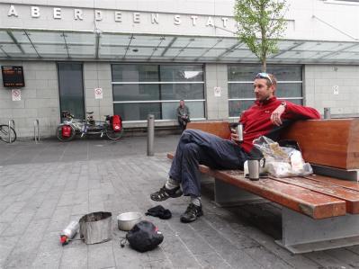 Breakfast at Aberdeen station