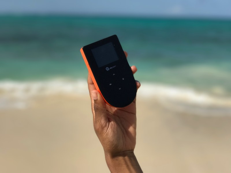 Skyroam Wifi Hotspot
