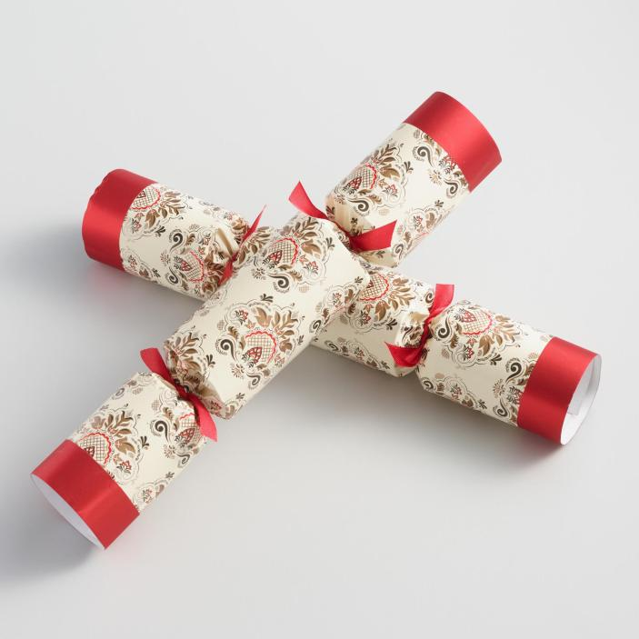 christmas-tradition-ideas-christmas-crackers