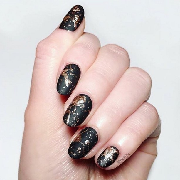 Gel Nail Designs and More: Black Marbled Nail Art
