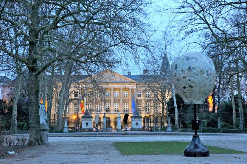 2436 151212 Brussels Parc