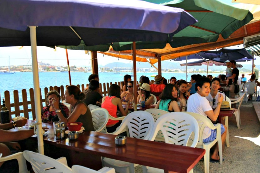 1498 290613 Lunch at the Fish Shack