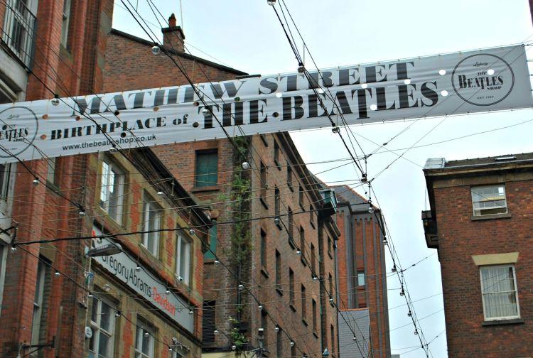 Mathew Street - My Day in Liverpool - www.shewalkstheworld.com