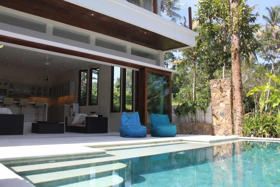 Luxe Cliff-Side Jungle Villa