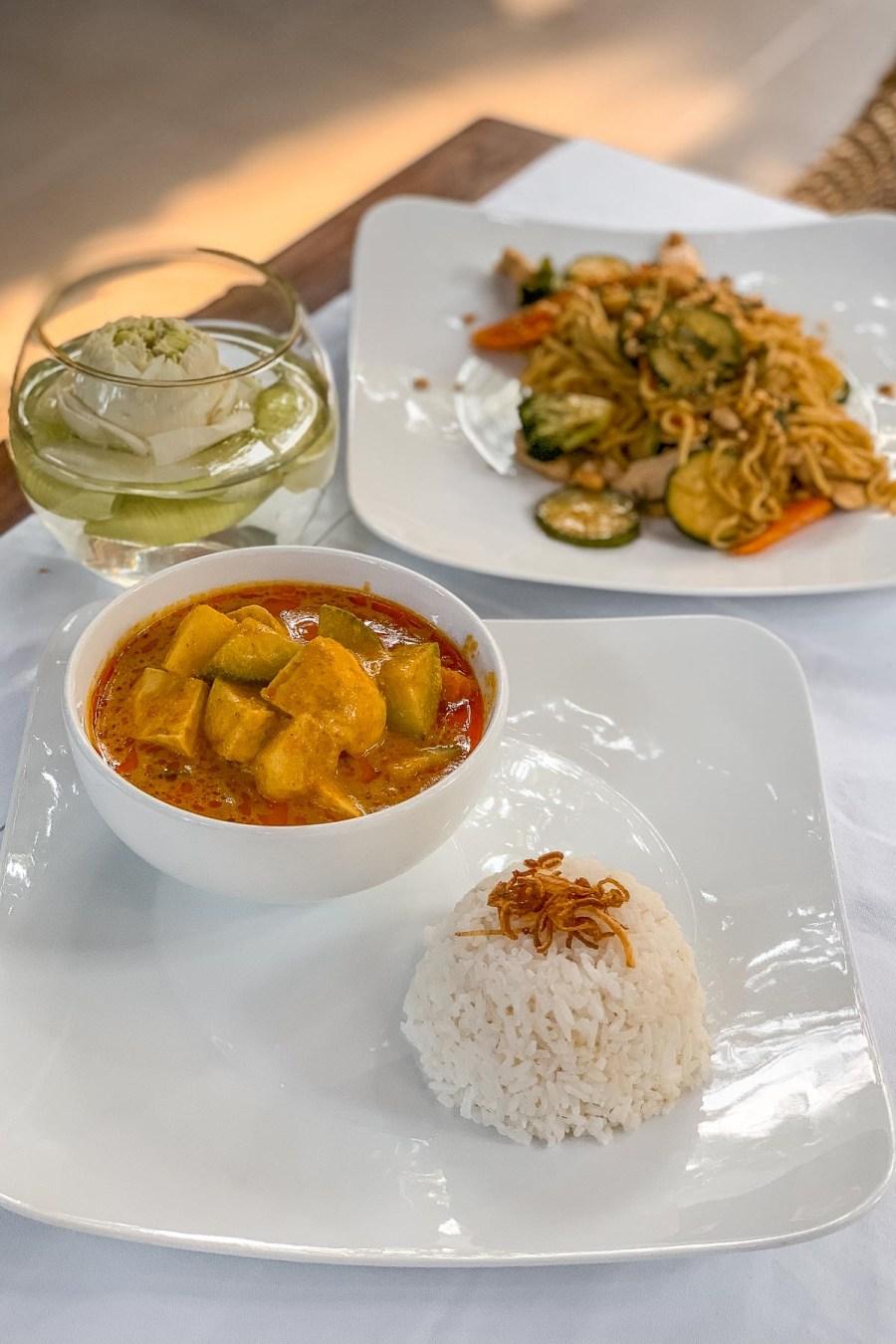 Dinner at Pavilion Phnom Penh