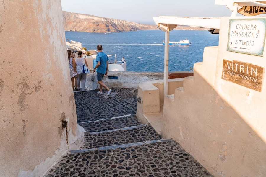 Roads leading to the best sunset in Santorini