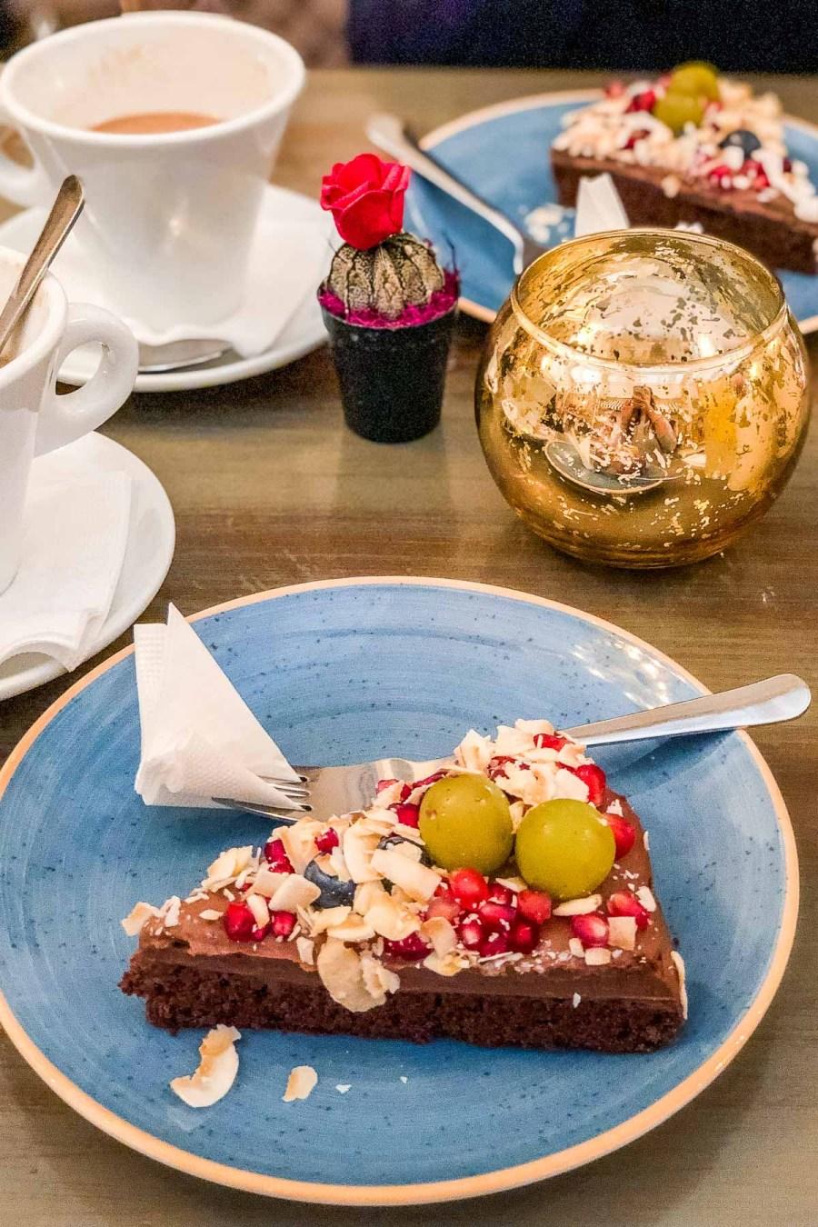 Paleo cake for breakfast in Budapest at Vintage Garden