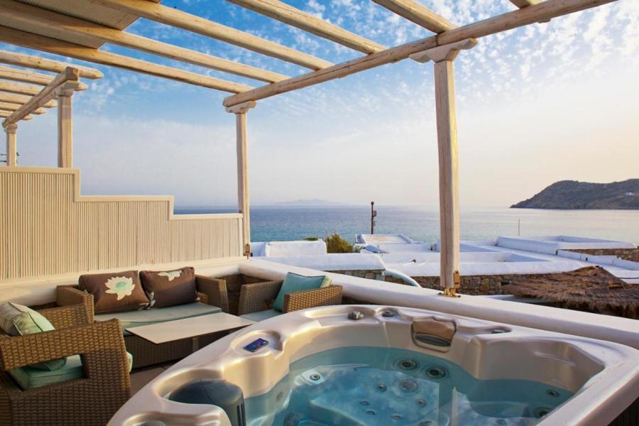 Arte & Mare Elia Luxury Suites & Vllas
