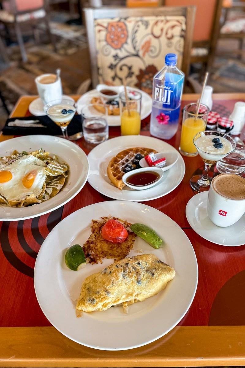 Breakfast at Sedona Grill at JW Marriott Cancun