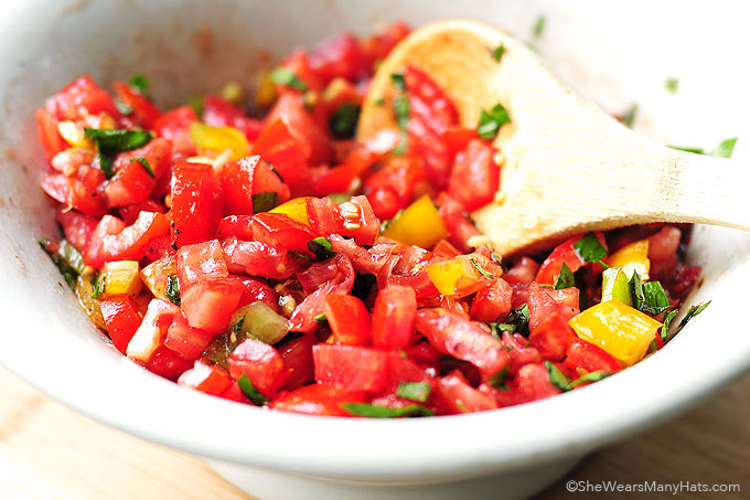 tomato bruschetta recipe shewearsmanyhats.com