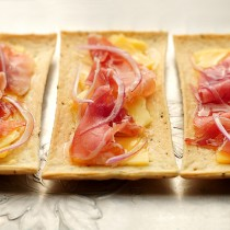 Easy Flatbreads with Gouda, Red Onion, Honey Prosciutto Appetizer