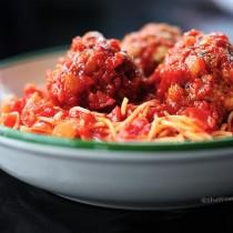 Classic Spaghetti and Meatballs Recipe | shewearsmanyhats.com