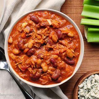 Easy Buffalo Chicken Chili Recipe | shewearsmanyhats.com