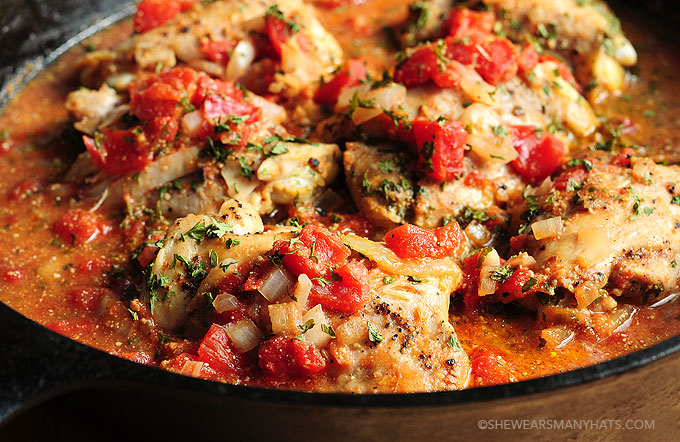 Tomato Braised Chicken Recipe | shewearsmanyhats.com