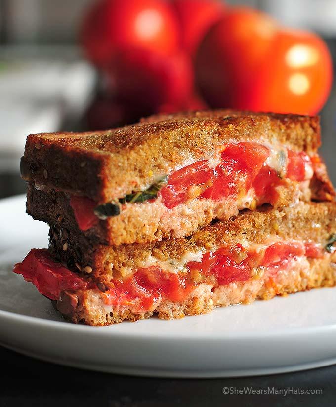 Tomato Basil Mozzarella Sandwich Recipe