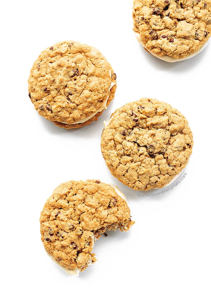 chocolate chip oatmeal cookie creme pies