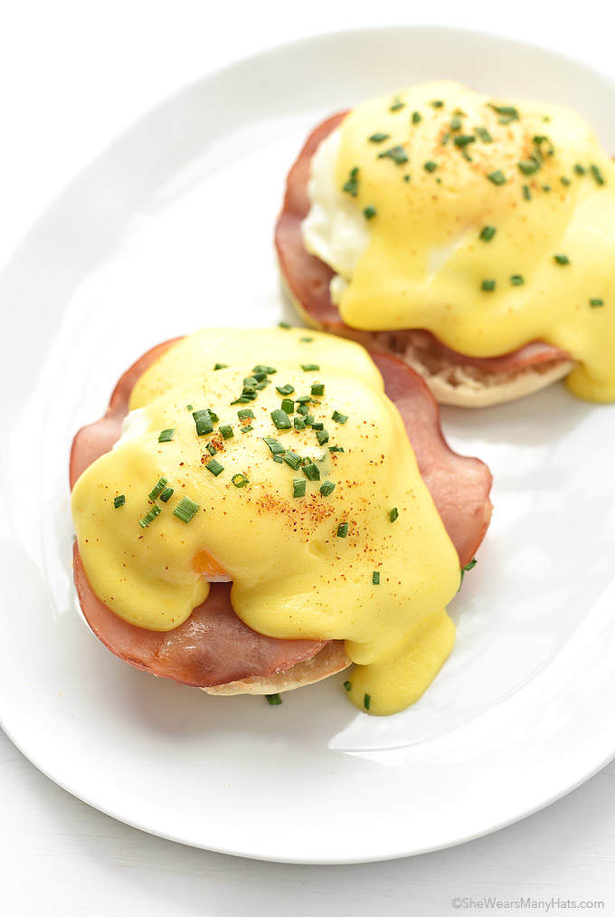 Eggs Benedict Recipe   shewearsmanyhats.com