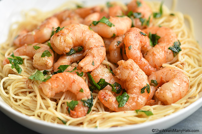Easy Shrimp Scampi Recipe shewearsmanyhats.com