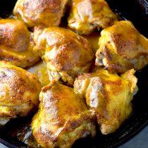Delicious Honey Mustard Chicken Thighs Recipe | shewearsmanyhats.com