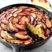 Easy Plum Skillet Cake Recipe | shewearsmanyhats.com