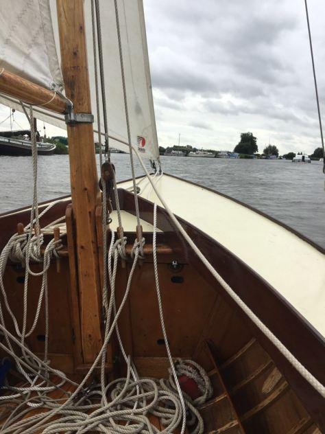 dinghy_sailing_norfolk