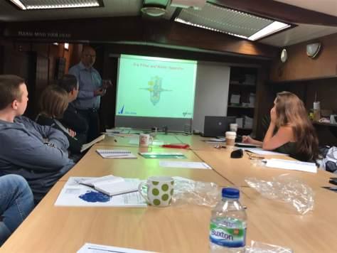 classroom_elite_sailing_theory_course