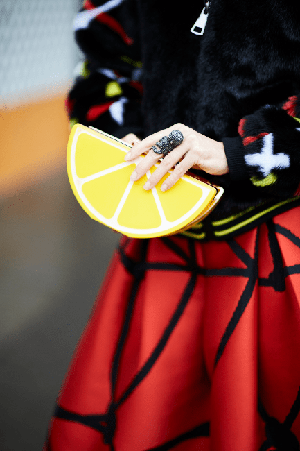 Unusual lemon clutch