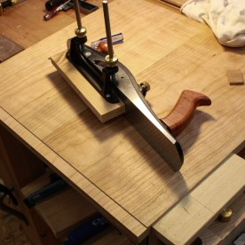 My Veritas Jack Rabbet plane does a nice job of making a rabbet on the main board. Rabbets on both sides of the board create the tongue for the bread board.